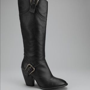 Matisse Quaid Tall leather Boots w/buckle detail